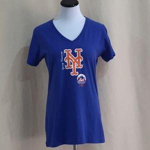 Met's Women's Short Sleeve V-Neck Tee - NWT